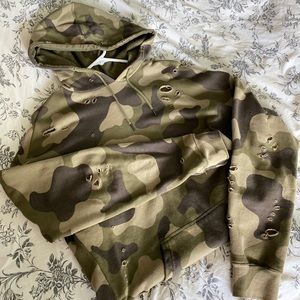 Pacsun Unisex Distressed Camo Hoodie-Army Green